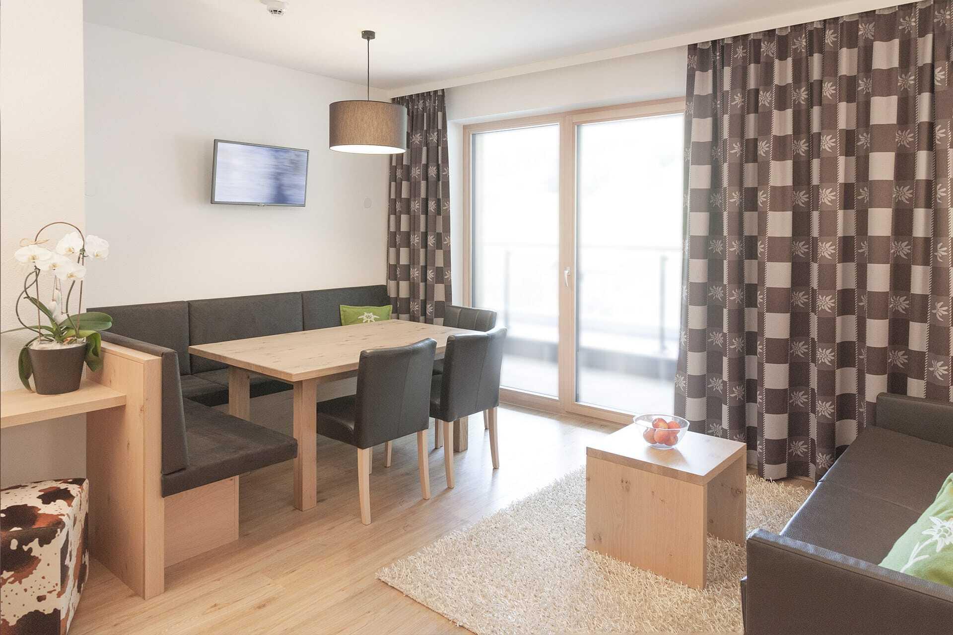 Wohnraum Apartment Tirol